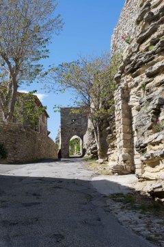 1a_Saignon castle